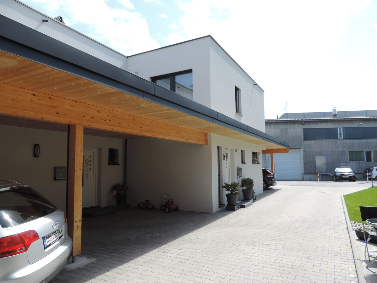 einfamilienhaus in dornbirn mit gro em carport als. Black Bedroom Furniture Sets. Home Design Ideas